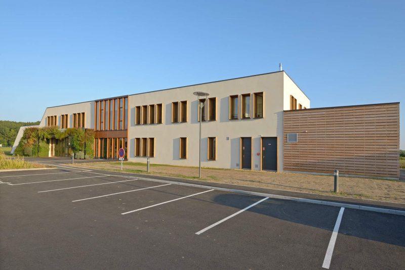 https://www.acb-constructions.fr/wp-content/uploads/2018/12/Maison-Intercom-Tiercé-18d-e1548842734734.jpg